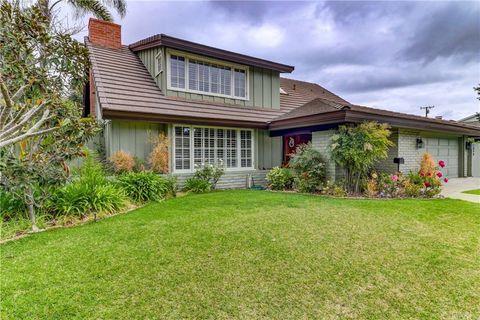 Photo of 2890 Club House Rd, Costa Mesa, CA 92626