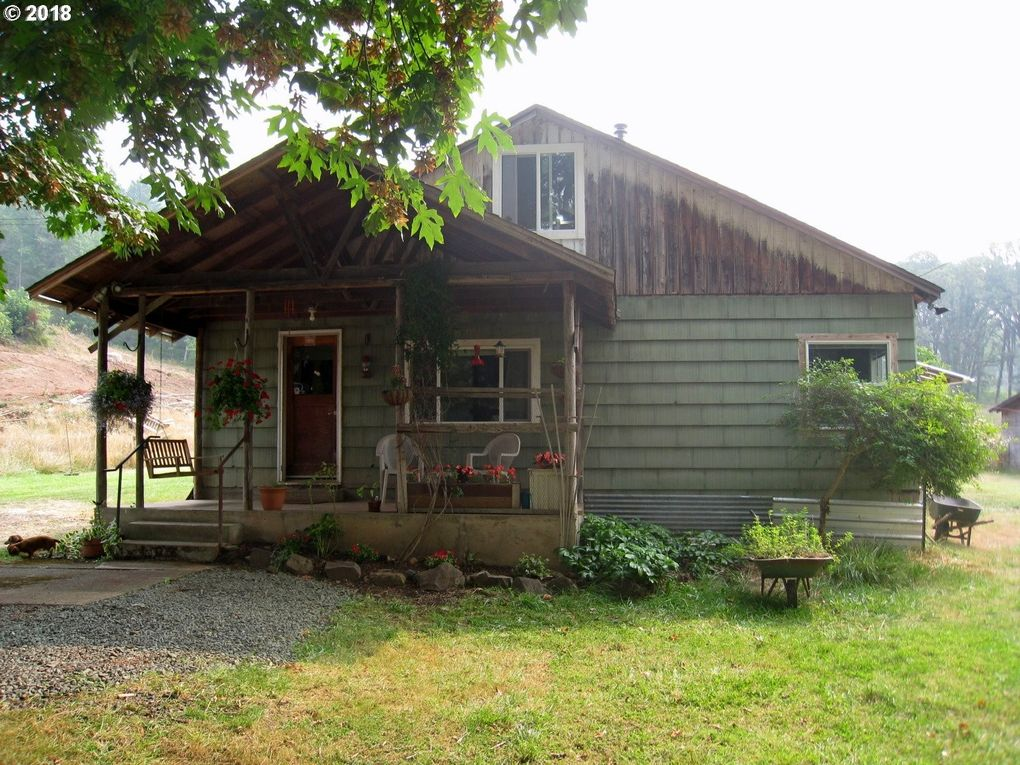 Peachy 76221 Mosby Creek Rd Cottage Grove Or 97424 Home Interior And Landscaping Elinuenasavecom
