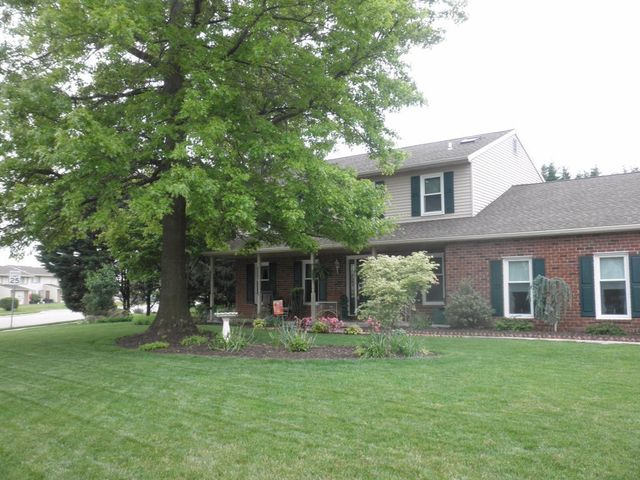 1690 hempfield dr york pa 17408 home for sale and real estate listing