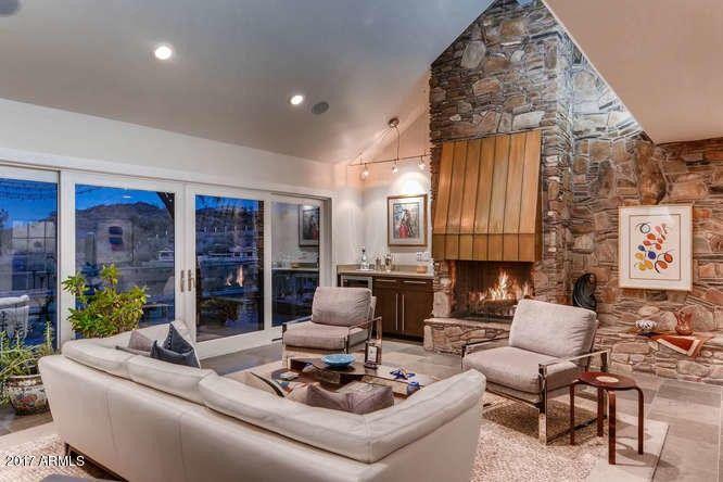 1608 E Winter Dr Phoenix Az 85020 Realtorcom - Guirey-residence-arizona-architecture-classic