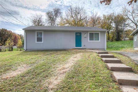 Advantage Homes Llc Kansas City