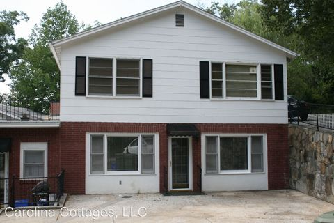 Photo of 1310 A Oakland St, Hendersonville, NC 28792