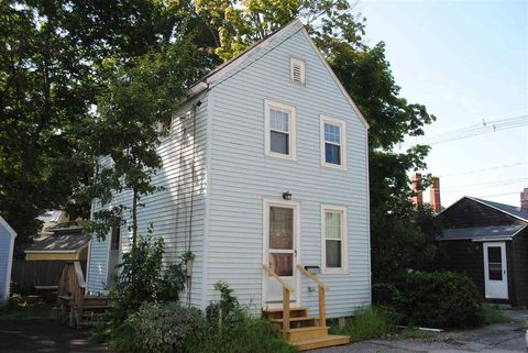 21 Dearborn St, Portsmouth, NH 03801