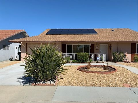 Photo of 1160 Teakwood Pl, Hemet, CA 92543