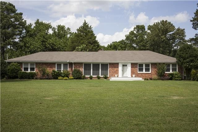 300 lake terrace dr hendersonville tn 37075 home for