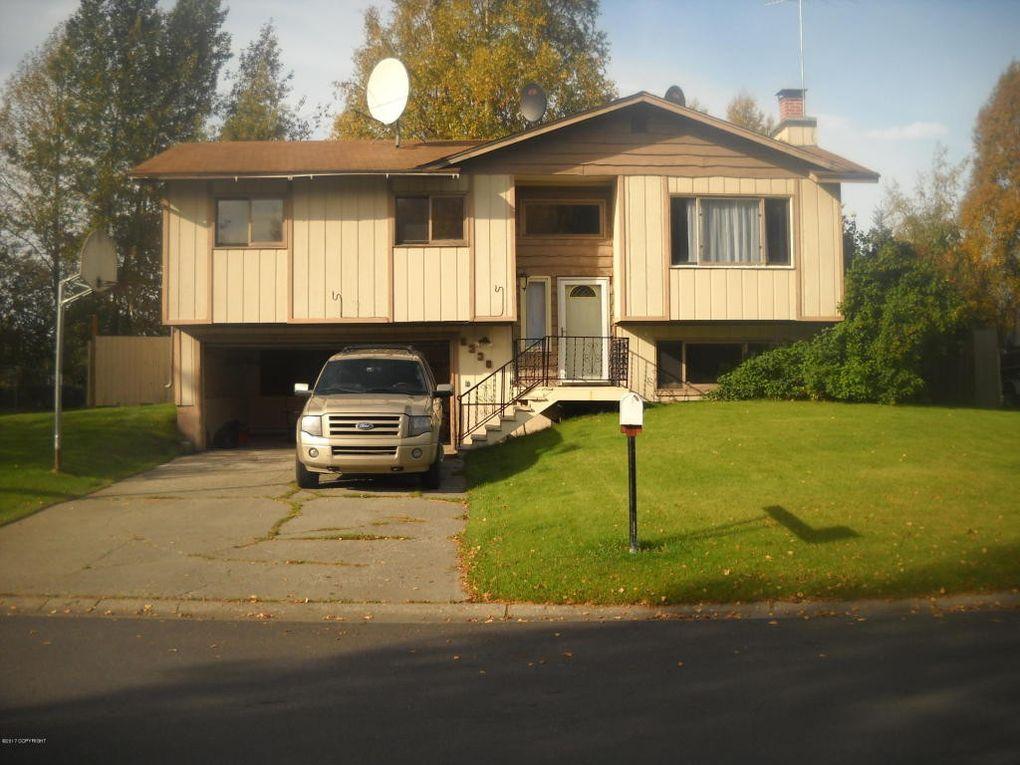 8330 Barnett Dr, Anchorage, AK 99518