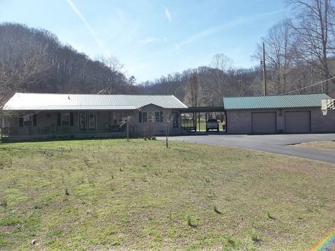 1452 Coldwater Rd, Inez, KY 41224