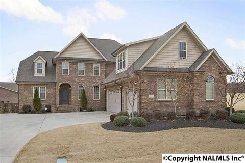 22908 Winged Foot Ln, Athens, AL 35613