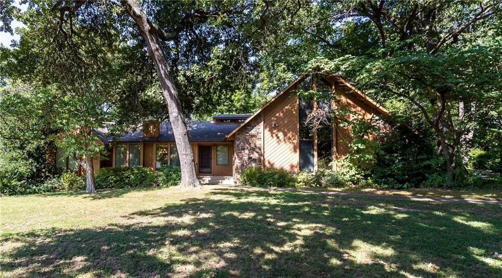 2609 Orchard Hill Rd, Siloam Springs, AR 72761