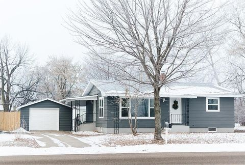 631 Broadway Ave N, Foley, MN 56329