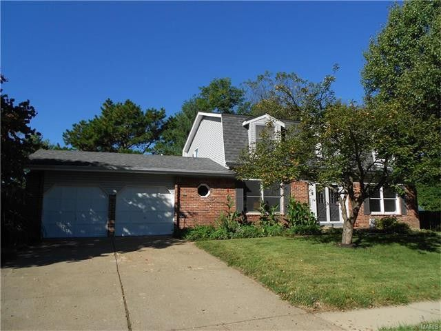 1929 Squires Way Ct Chesterfield, MO 63017