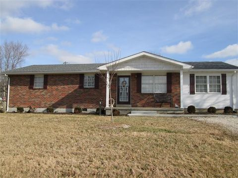 9826 Winchester Rd, Clay City, KY 40312