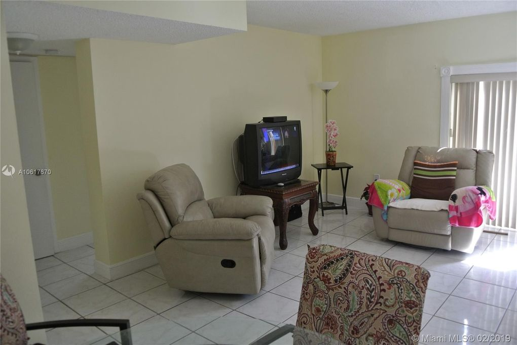 5611 W 25th Ct Unit 1 A, Hialeah, FL 33016