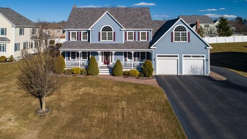 Photo of 40 Messina Woods Dr, Braintree, MA 02184