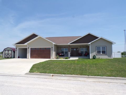 41 7th St, West Point, IA 52656
