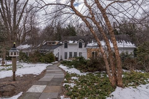 Photo of 181 Long Hill Rd, Oakland, NJ 07436