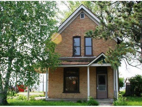 212 Kingwood St, Brainerd, MN 56401