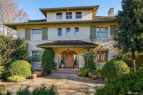 Photo Of 632 36th Ave E, Seattle, WA 98112. House For Rent