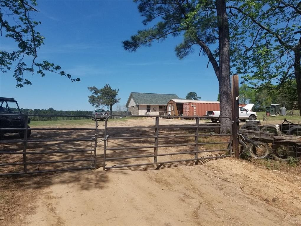 920 County Road 2225, Woodville, TX 75979