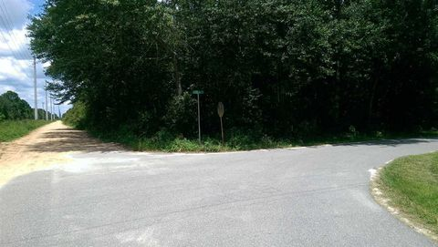 Photo of E Davis St Unit 1, Greensboro, FL 32330