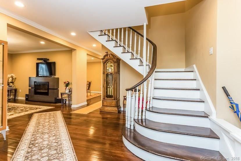 Home Design 06810 Part - 41: 86 Deer Hill Ave, Danbury, CT 06810