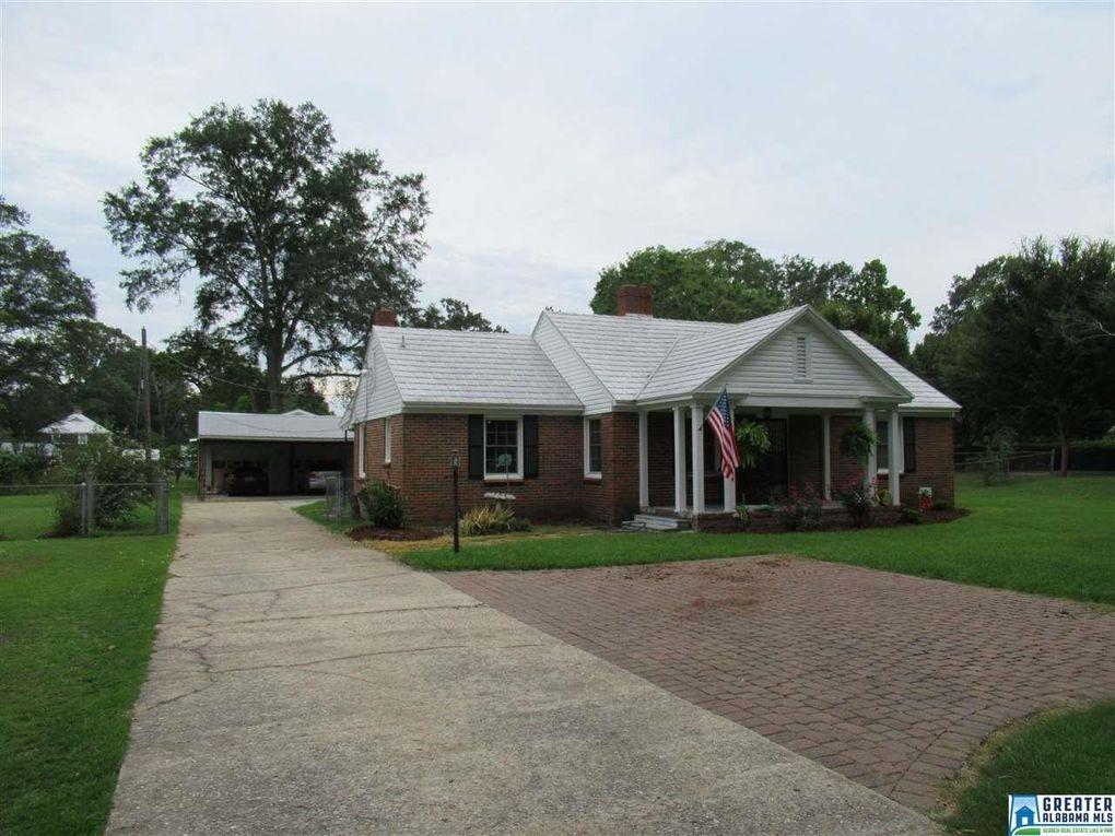 121 Lake St, Trussville, AL 35173