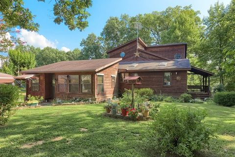 1265 Tick Ridge Rd, Hawesville, KY 42348