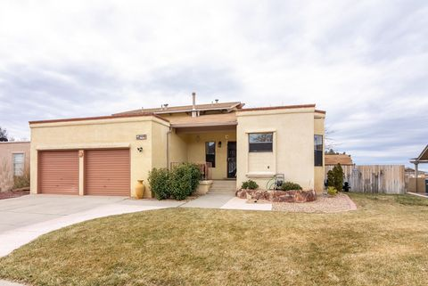 Photo of 5405 Camino Montano Ne, Albuquerque, NM 87111