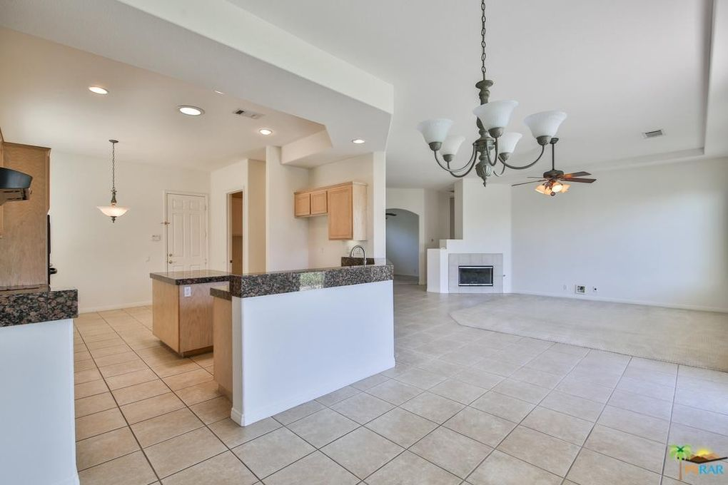 30190 Sawgrass Rd, Cathedral City, CA 92234