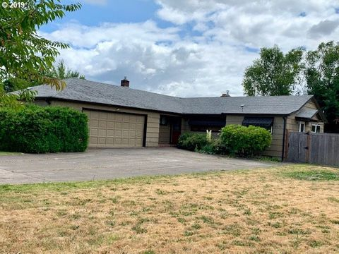 Photo of 2575 Norkenzie Rd, Eugene, OR 97408