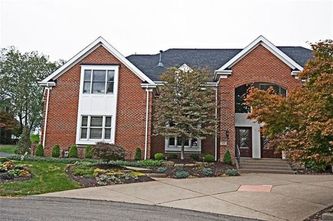 331 Williamsburg Ct, Collier Township, PA 15142