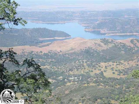 18 Moccasin Ranch Ests, Moccasin, CA 95347