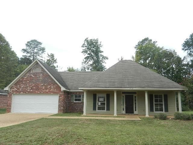 729 forest woods dr jackson ms 39272 for Home builders in jackson ms area