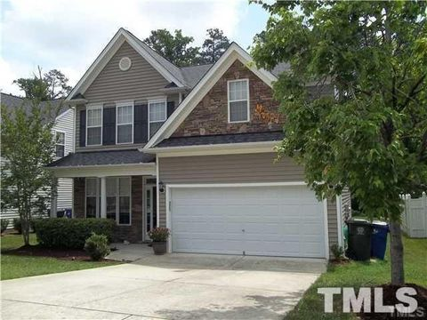 Photo of 8032 Willowglen Dr, Raleigh, NC 27616