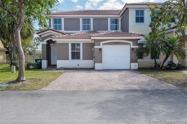 16588 SW 47th Ter Miami, FL 33185
