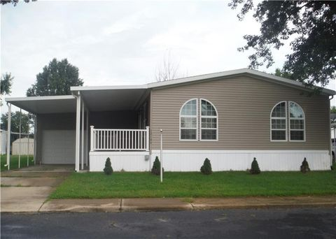 Photo of 12195 Wellington Ave, Medway, OH 45341