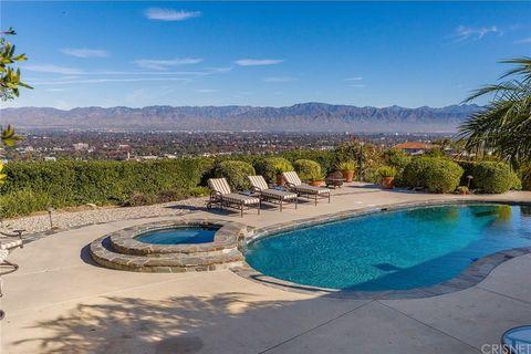 3738 Glenridge Dr, Sherman Oaks, CA 91423
