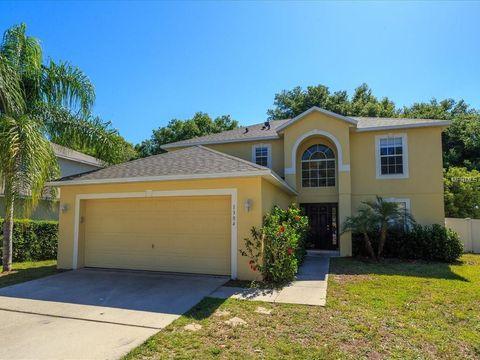 Photo of 1304 Hawks Nest Ave, Groveland, FL 34736