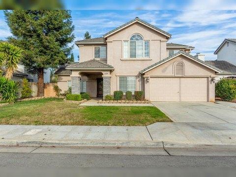 2258 E Ticonderoga Dr, Fresno, CA 93720