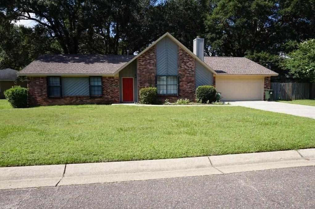 3084 Desert St, Pensacola, FL 32514