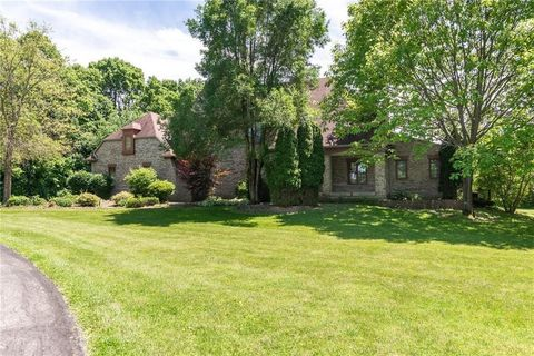Photo of 3511 N Willow Rd, Zionsville, IN 46077