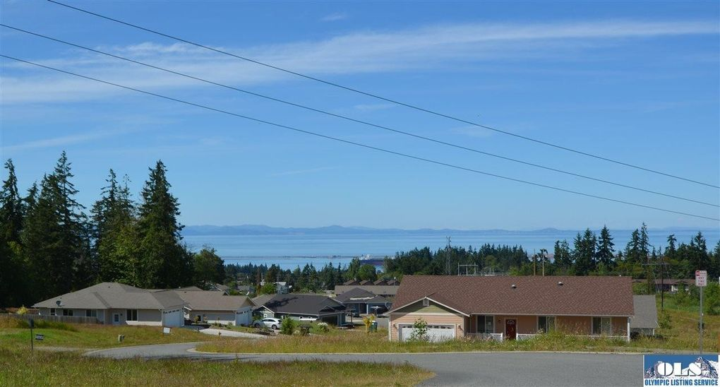 1202 Rook Dr, Port Angeles, WA 98362