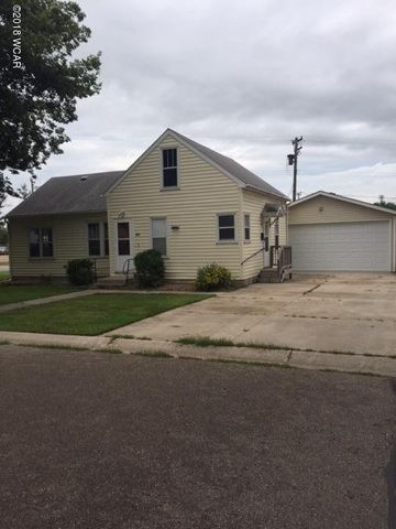 202 1st Ave S, Raymond, MN 56282