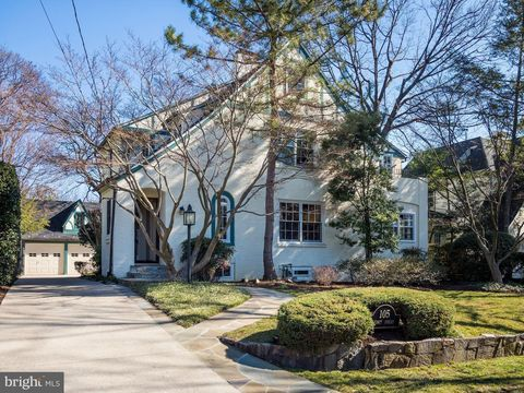 Photo of 105 Quincy St, Chevy Chase, MD 20815