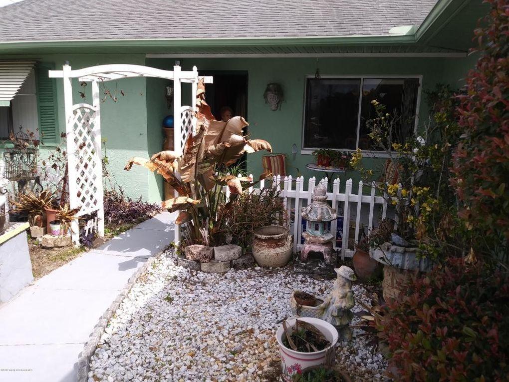 12467 Harper St, Spring Hill, FL 34609