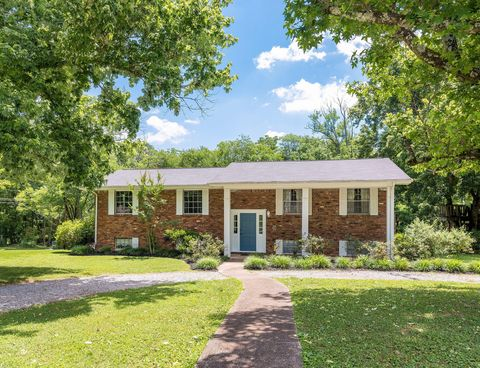Photo of 4298 Green Acres Dr, Ooltewah, TN 37363
