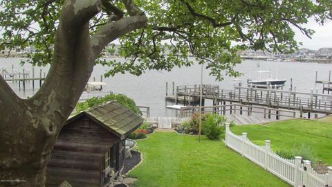9 Lake Ter, Point Pleasant Beach, NJ 08742. House For Rent