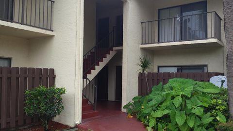 2050 Oleander Blvd Unit 208, Fort Pierce, FL 34950