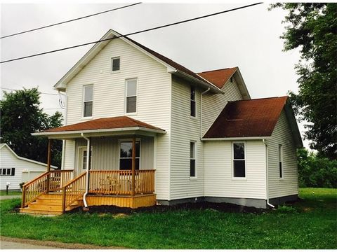 114 S Fairview Main St, Fairview Township But, PA 16050