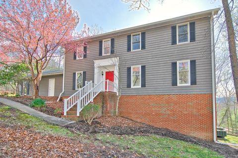 page 2 blacksburg va real estate blacksburg homes for sale. Black Bedroom Furniture Sets. Home Design Ideas